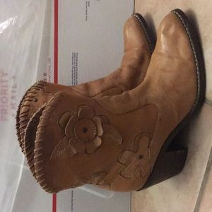 Mia Leather upper cowboy Western boots 7.5